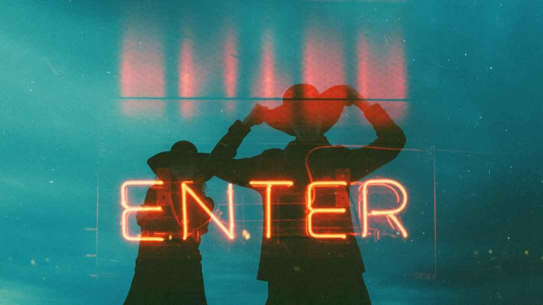 """""""Enter"""" sign"""